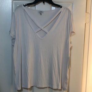 Women's white cross cross t shirt NWT XL